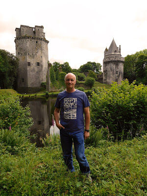 Tony Riches in front of castle